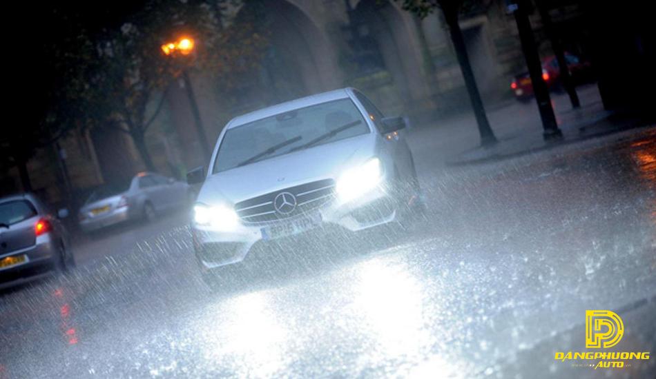 Những chi tiết cần kiểm tra bảo dưỡng sau khi đi trời mưa