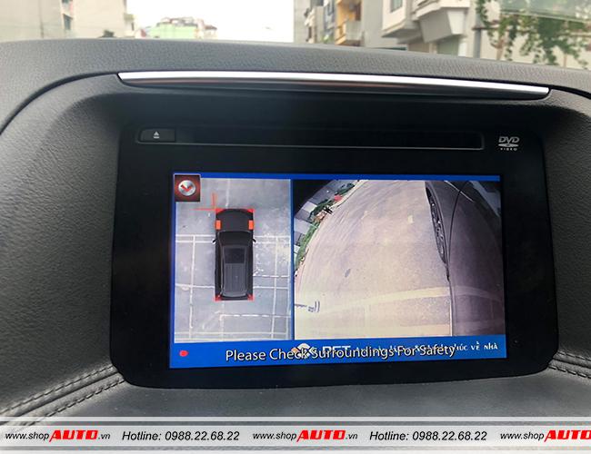 Hiển thị hình ảnh bên trái khi có tín hiệu xi nhan trên xe