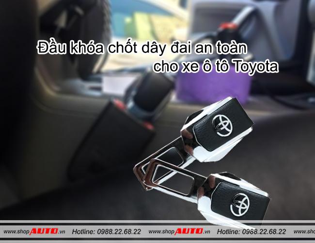 Chốt đai an toàn cho xe Toyota Altis